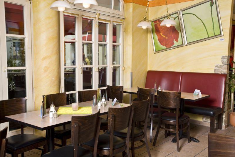 Central Café Bistro Bar Peiting Gemütlich Einkehren