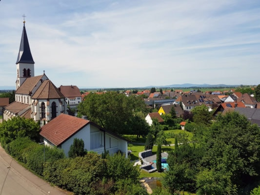 Eschbach Ortsansicht mit St. Agnes Kirche