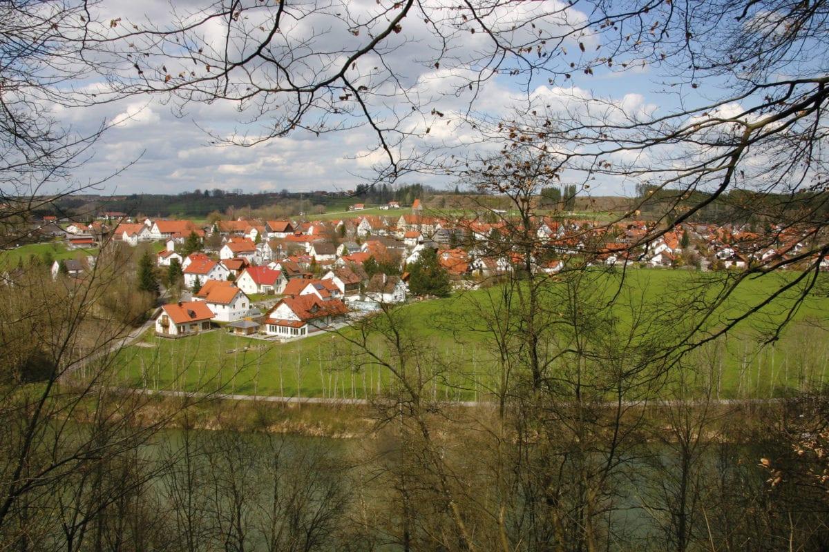 Kronburg Blick auf die Gemeinde