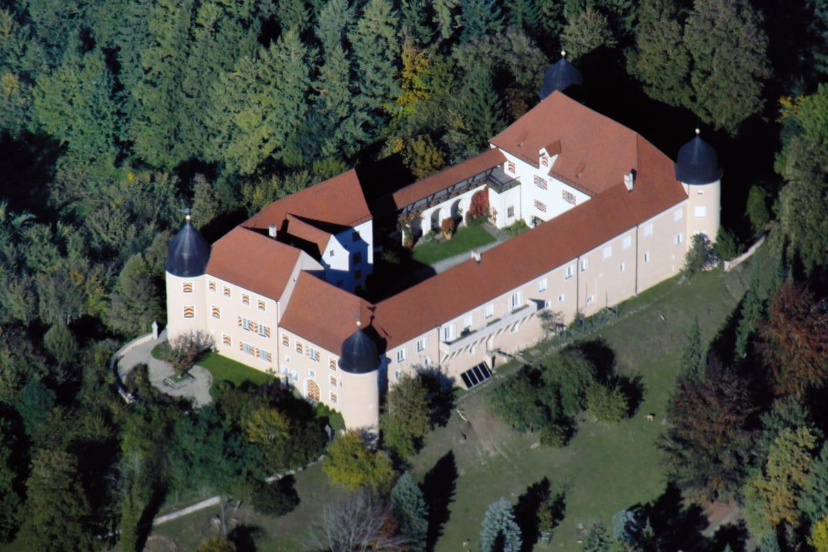 Kronburg Schloss