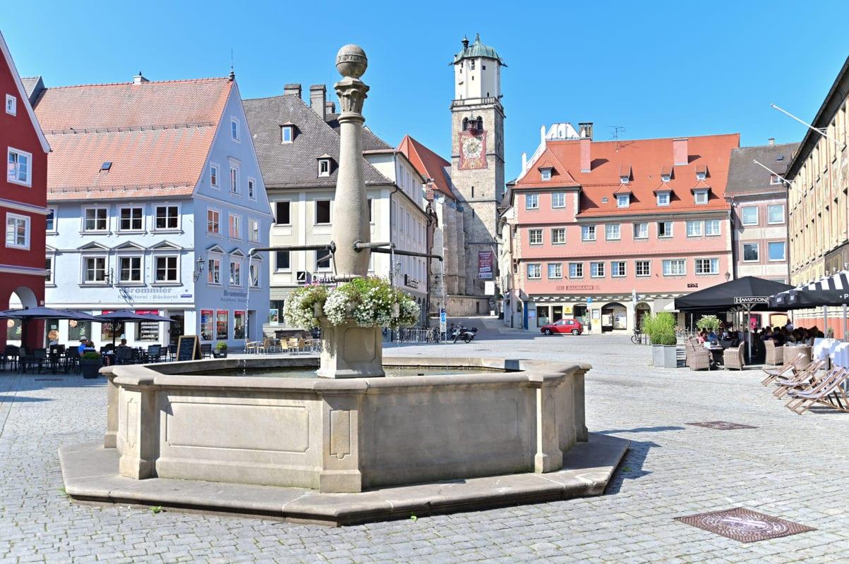 Marktplatz mit Blick zur Martinskirche (Memmingen)