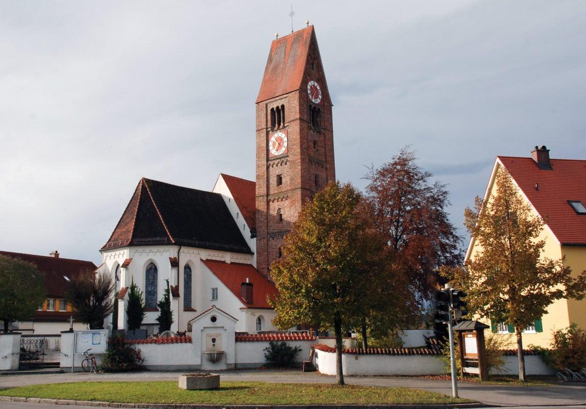 Pforzen Pfarrkirche St. Valentin