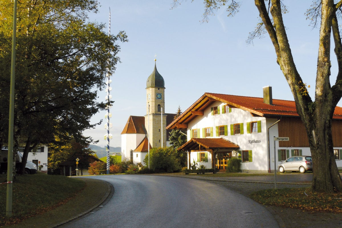 Rettenbach am Auerberg Ortszentrum